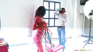 Kinky tot Veronica Avluv in body-paint having sex with a lucky guy