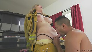 Hot transsexual fireman Aspen Brooks fucks mouth and pussy of bisexual comrade