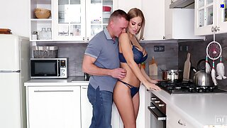 Husband can't resist the temptation to fuck super sexy wife cooking
