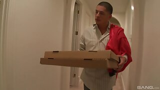 Pizza guy hard fucks spoken for wife and cums medial the brush