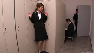 Amateur secretary Haruka Sanada plays with her pussy and gets pleasured