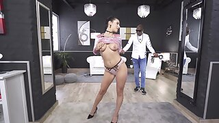 Merciless anal lovemaking with her black master leads the hot babe to paradoxical feelings