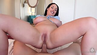 Blue- witnessed dark-haired got down on their way knees apropos fellate jizz-shotgun after getting inserted with it