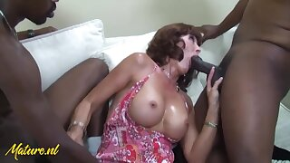 Desi Foxx - American Mother Takes On Three Big Black Cocks At Once