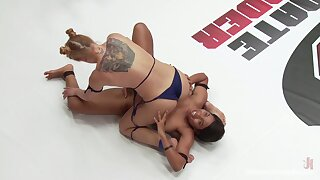 Strong cat-fight sexual display for two lesbos